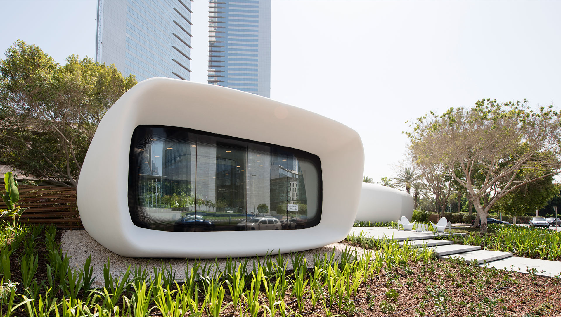 CSCEC ME Participated in the 3D Printing of Dubai's Office of the Future which Achieves a Guinness World Record